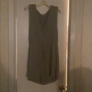 Women's Olive Green Jumper Shorts Size L